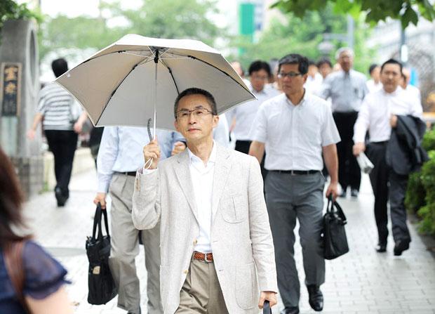 男の日傘は気持ち悪い?女性の意見と最近の傾向[生活tags] 1